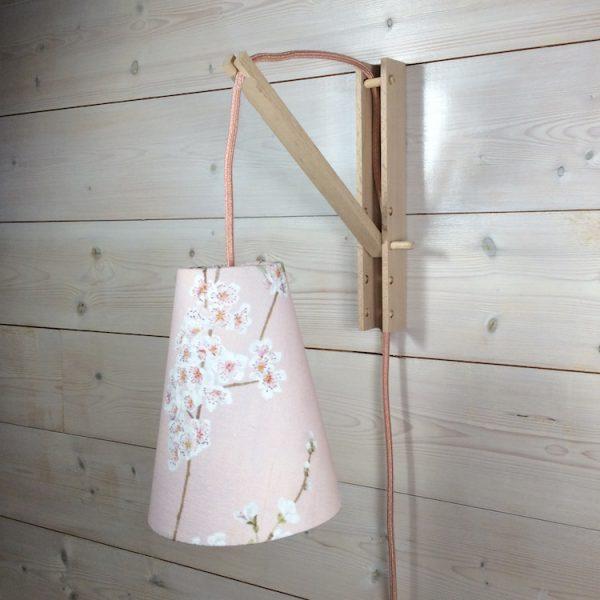 Suspension baladeuse rose tissu fleurs d'amandier avec cordon textile off