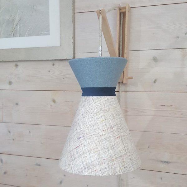 Suspension diabolo en lin écru et top uni bleu avec cordon textile off